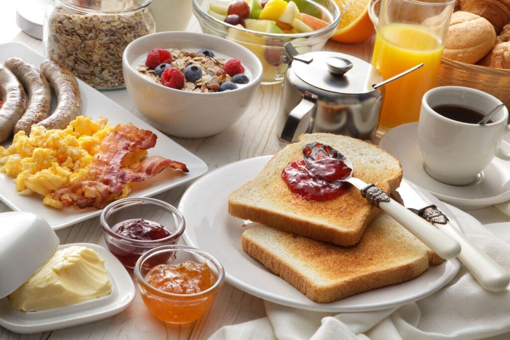 Frühstück im Café MIK